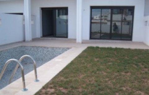 فيلا راقية للبيع في بوسكورة، الدار البيضاء: 275 م م