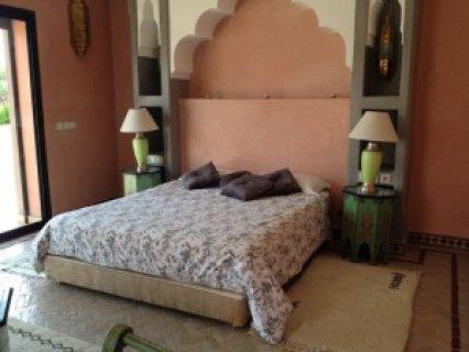 فيلا  للإيجار  بالقرب من النخيل ، مراكش: 6 أجنحة / مسبح