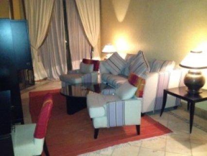 شقة للايجار في النخيل، مراكش : 3 غرف / صالة