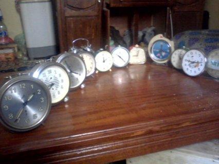 ساعات قديمة جدا