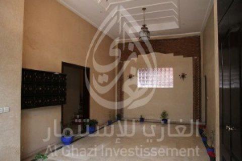 شقة للبيع  في وسط جيليز، مراكش  : 106م