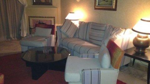 شقة مفروشة وواسعة للايجار في النخيل، مراكش: 3 غرف/صالة