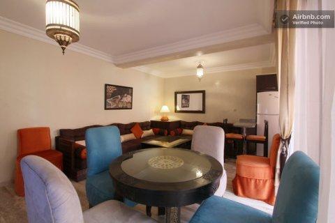 شقة وسط مراكش بجليز لقضاء عطلتكم برقي