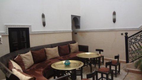 رياض (فيلا) مرمم للبيع في باب دكالة، مراكش: 92م