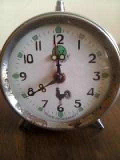 ساعة الديك القديمة بجميع اشكالها