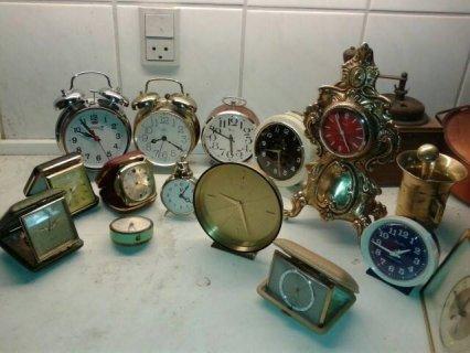 مجموعة ساعات قديمة