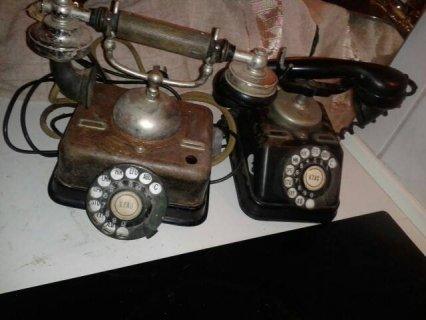 تليفونين قديمة
