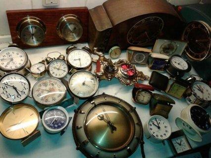 ساعات قديمة تحف نفيسة