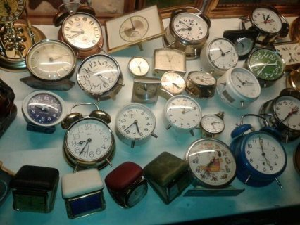 مايزيج عن خمسين ساعة قديمة المانية فرنسية سويسرية