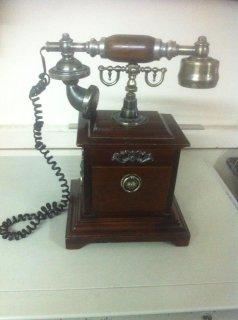 هاتف كلاسيكي للبيع