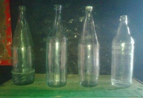 قنينات زجاجية قديمة