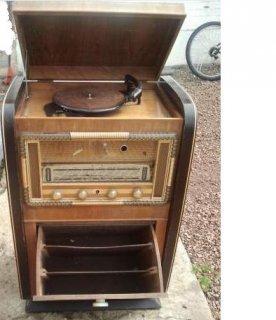ancien radio tourne disque