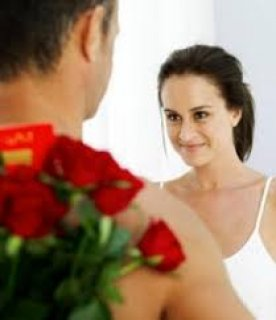 إنسانة محترمة رومنسية أخاف الله ابحث عن زوج محترم