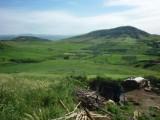 ارض محفظة مساحتها 6.3 هكتارات خنيفرة ,مجهزة بالكهرباء