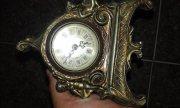 ساعةفضية قديمة