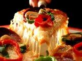 معلمين فطائر وبيتزا من الجنسية المغربية تجربة واسعة في أرقى المطاعم