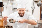 يتوفر لدينا من المغرب طباخين ذوي خبرة كبيرة تألقوا في كل الأماكن